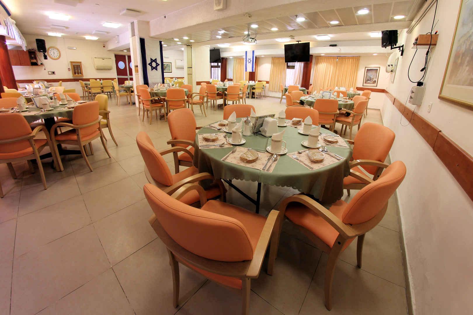 בית ברט לציבור הדתי לאומי חדר אוכל