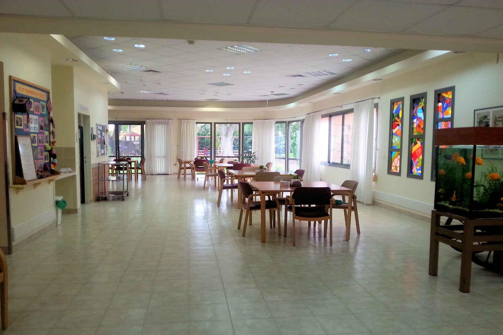 בית הדר חדר אוכל