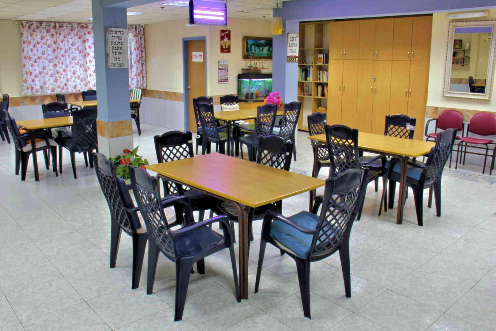 בית הורים דורון חדר אוכל