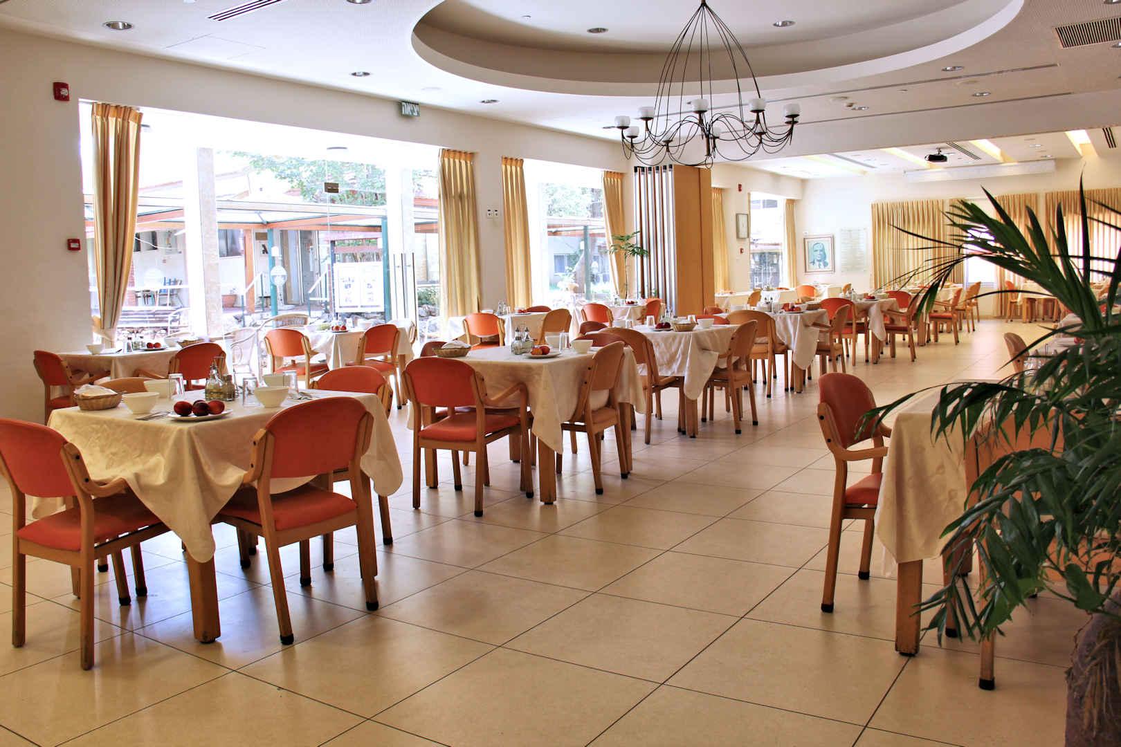 בית ליאון רקנאטי חדר אוכל