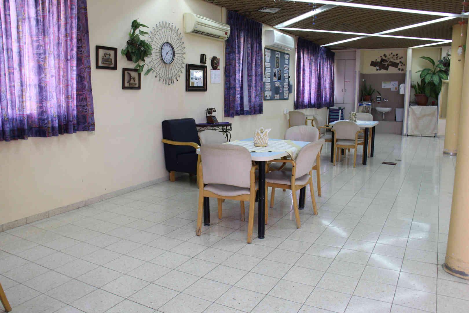 מרכז אזורי לקשיש עכו חדר אוכל