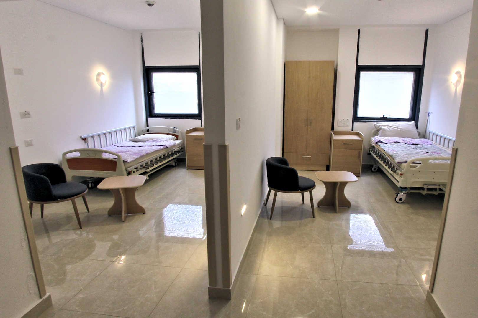 מרכז רמת גן לאלצהיימר חדר